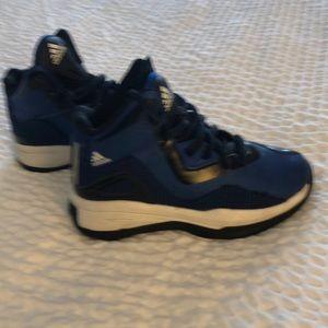 Boys Adodas Basketball Shoes